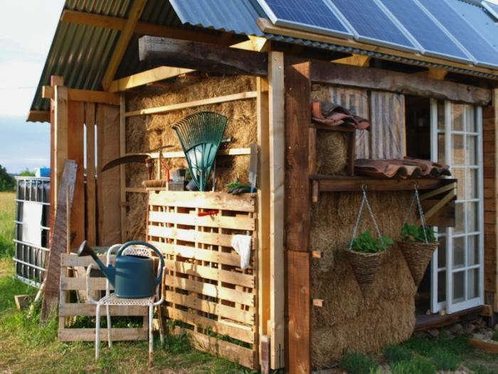 700_pallet-shed