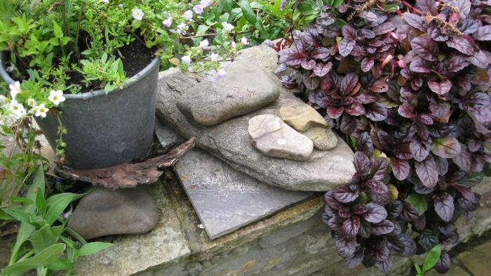 700_ruth-terrace-garden-3