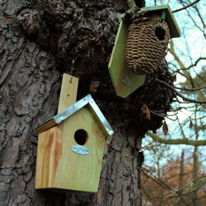 700_belgium-double-birdhouse