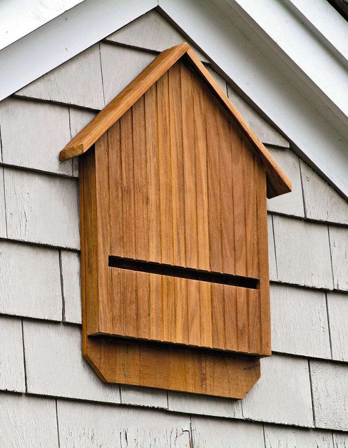 5 favorites bat houses gardenista for Bat condo