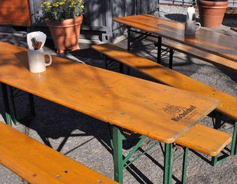 biergarten-german-tables