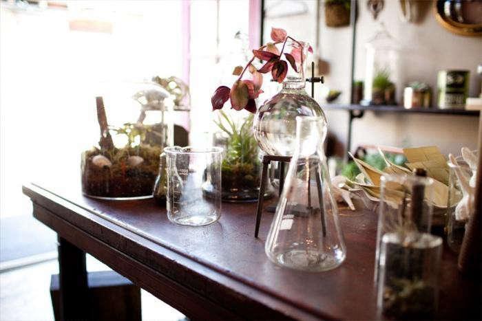 700_700-crimson-floral-beaker