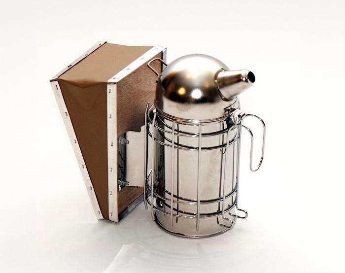 700_stainless-steel-smoker-jpeg