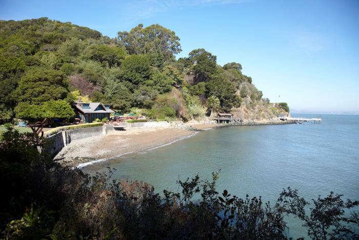 700_tiburon-garden-shoreline