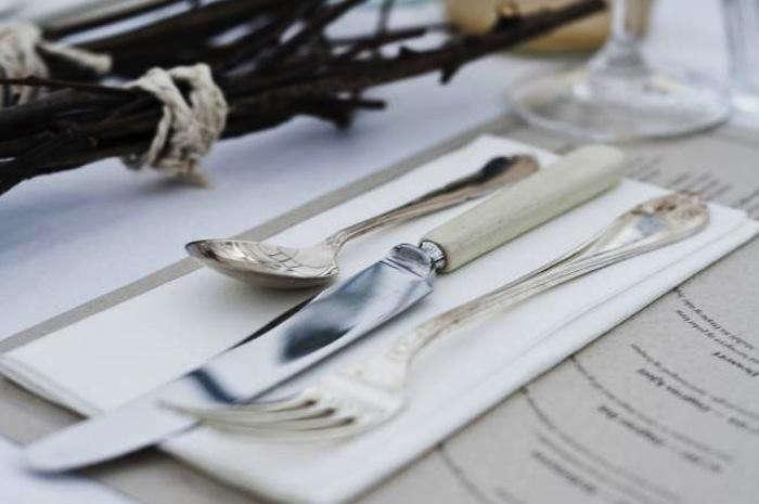 700_1food-studio-table-setting