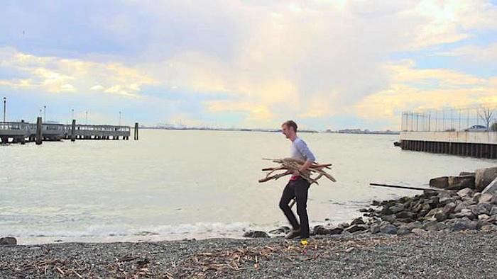 700_kyle-mied-collecting-driftwood
