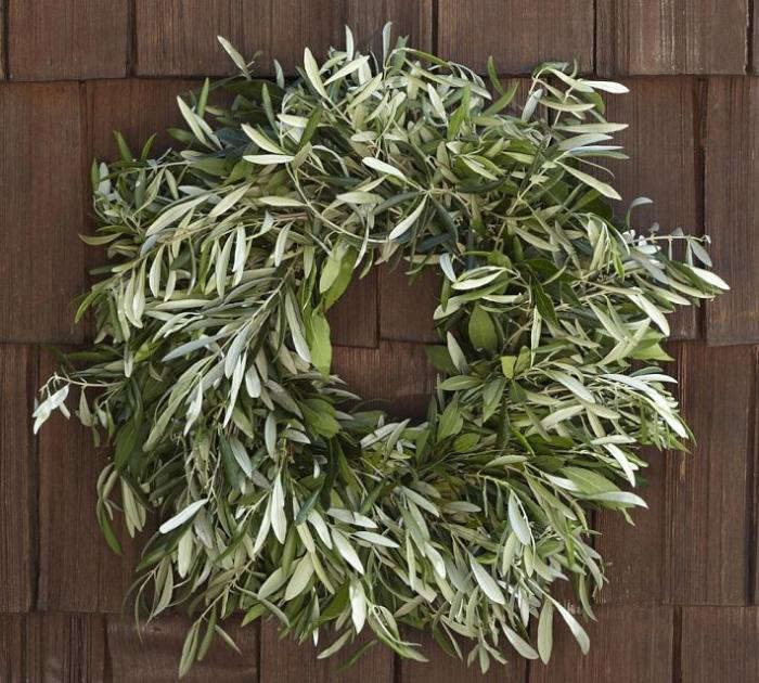 5 Favorites Holiday Wreaths By Post Gardenista