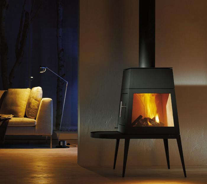 10 Easy Pieces Freestanding Wood Stoves Gardenista