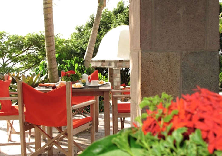 golden-rock-nevis-e-breakfast-sea-view-gardenista
