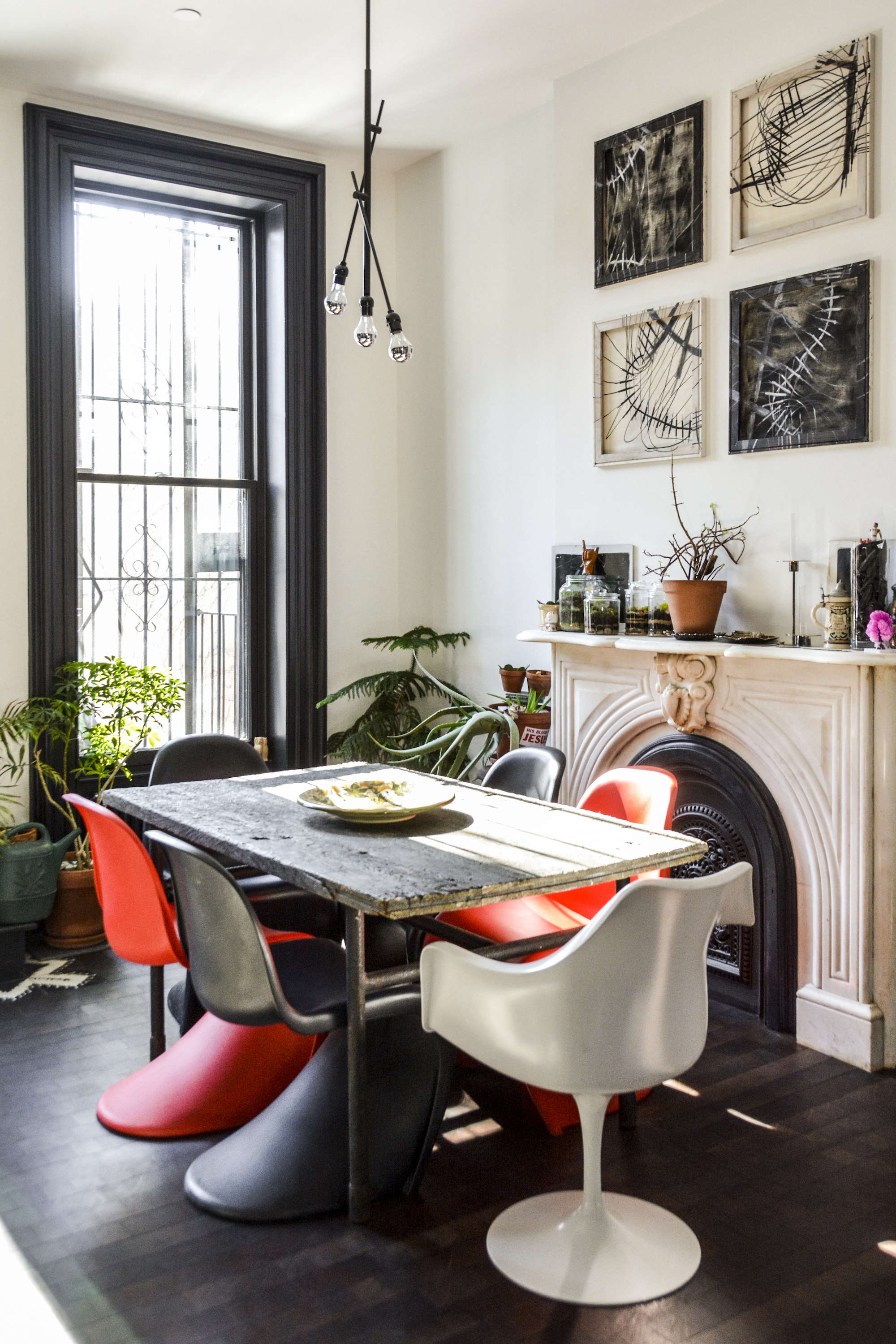 Two young architects tackle their own brooklyn townhouse for Living room 101 atlantic ave boston