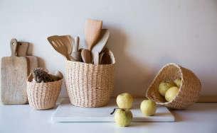 Hanging-baskets-Le-Reperes-des-Belettes-Remodelista