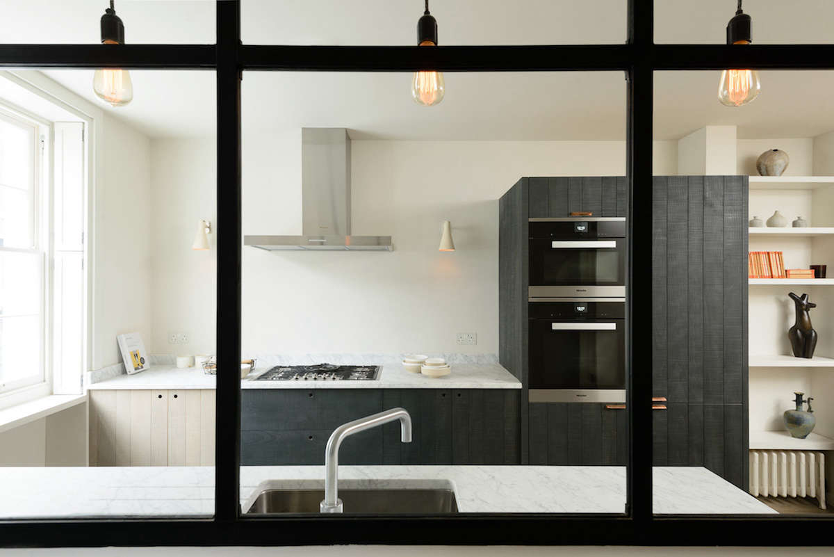 Kitchen of the Week: A Rustic-Luxe London Galley by deVol ...