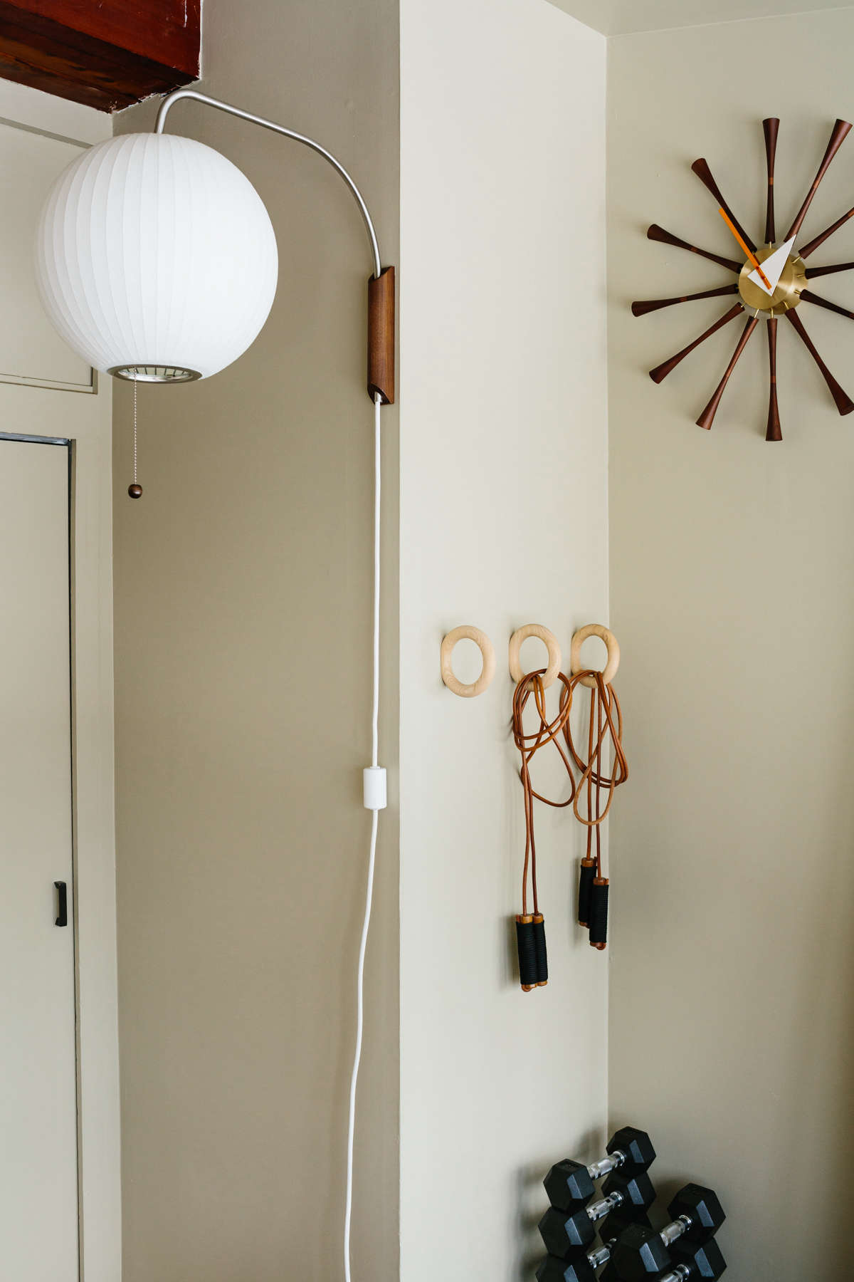 Remodelista-BFerry-WoodHouse-24