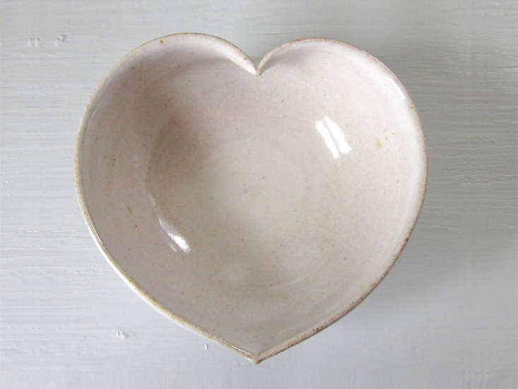 jdwolfe-pottery-heart-dish-ceramic-remodelista