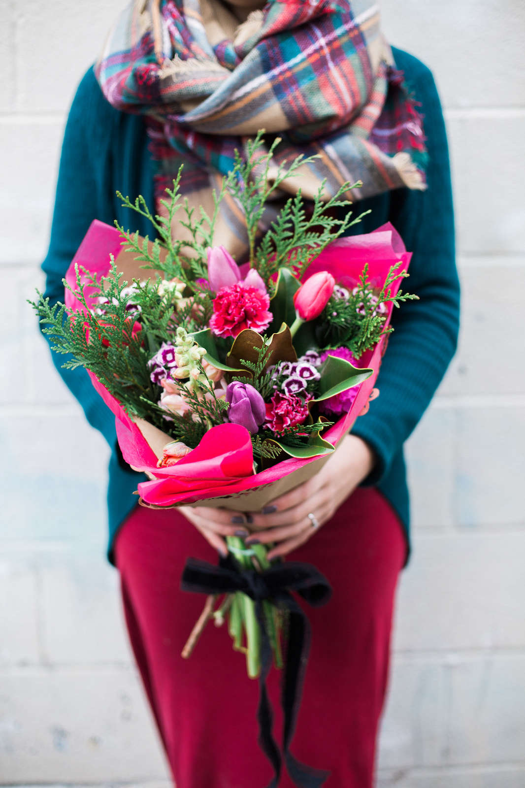 Cute Valentines Day Flowers Delivery 60012 Selection