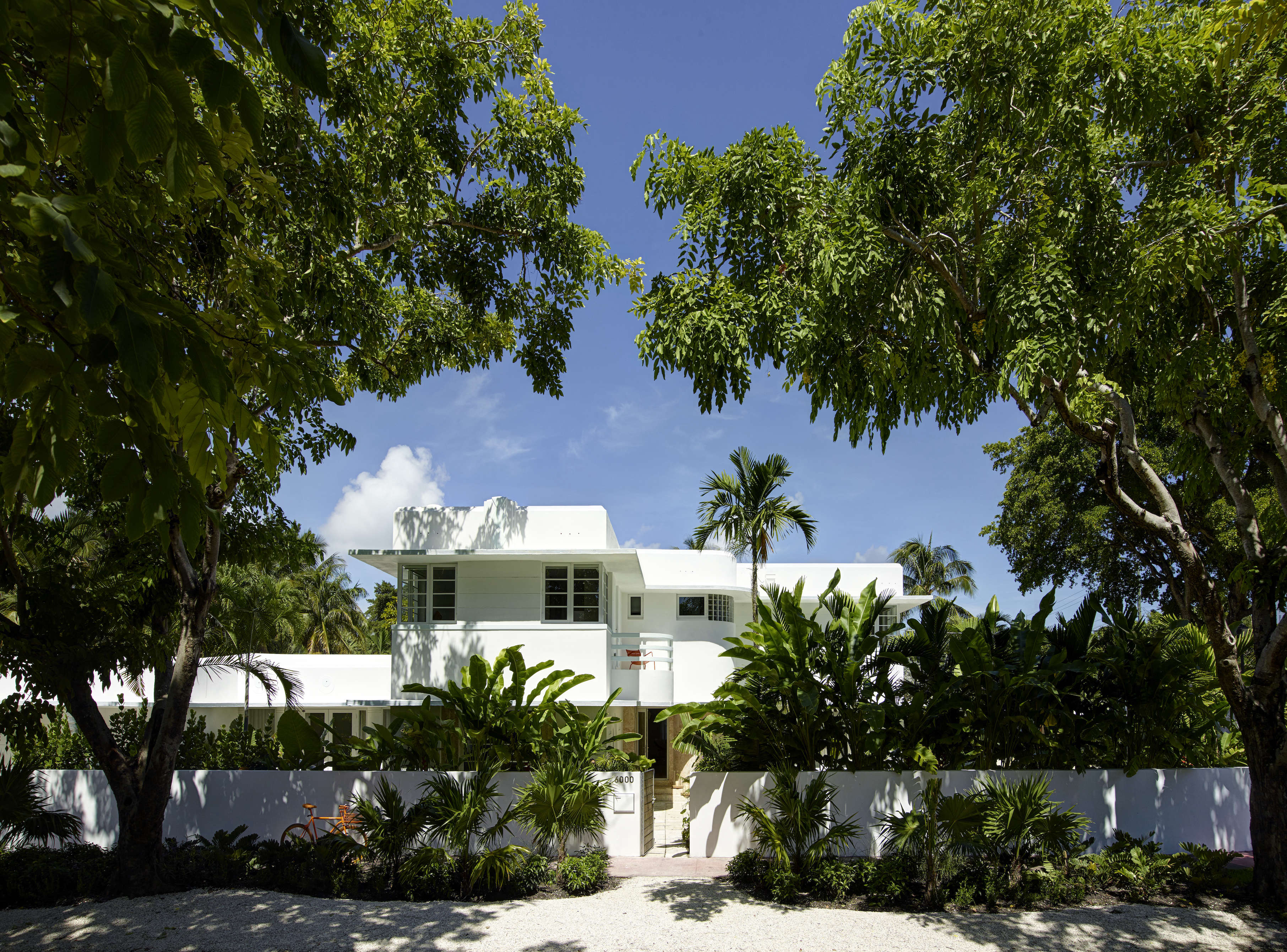 Revived 1932 Miami Art Deco Villa Belonging To Contemporary Furniture  Dealer Stephan Weishaupt Of Avenue Road