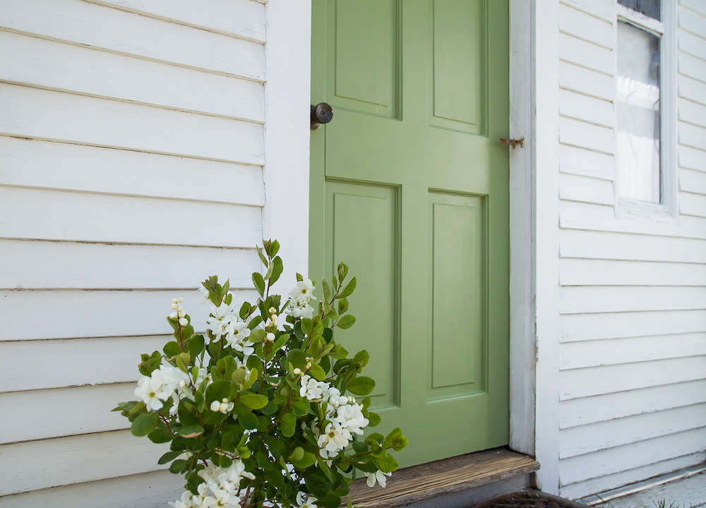 A spring green door with farrow ball paint remodelista - Farrow ball exterior paint concept ...