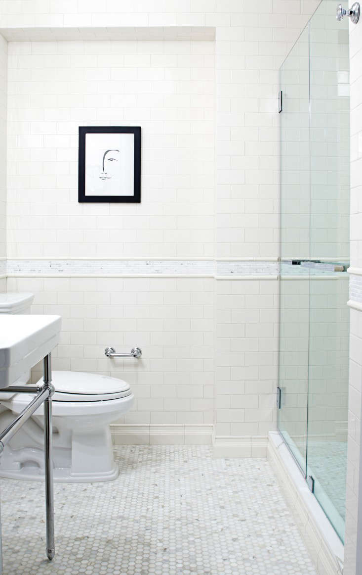 10 Favorites: White Bathrooms From The Remodelista