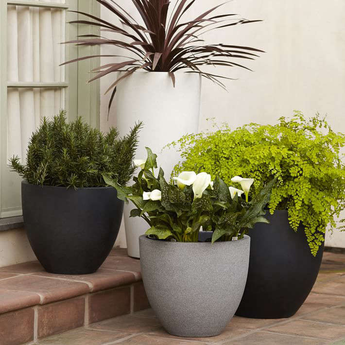 10 Easy Pieces Lightweight Planters Gardenista