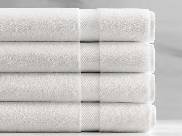 10 easy pieces basic white bath towels remodelista for How to get towels white