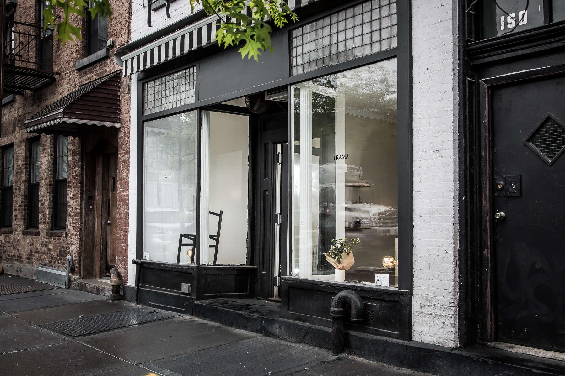 Shoppers Diary A Copenhagen Design Star Comes To Brooklyn Pro Terry Rak Tv White Glossy Sonoma Oak