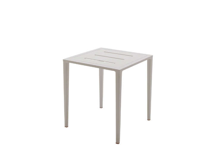 Small White Side Table For Nursery: 10 Easy Pieces: White Side Tables For Patio Or Porch