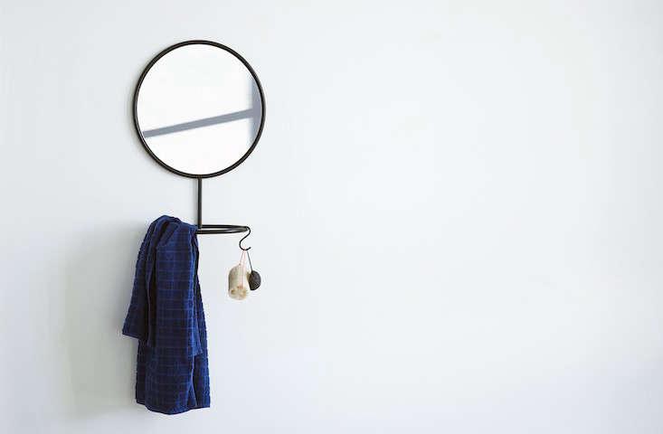 nomess-mirror-remodelista