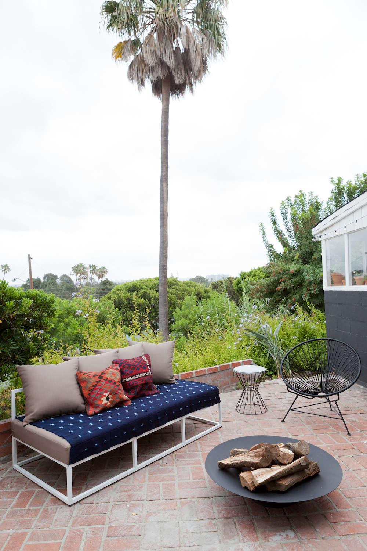 Outbuilding of the Week: Santa Monica Garden Lounge by Veneer ...