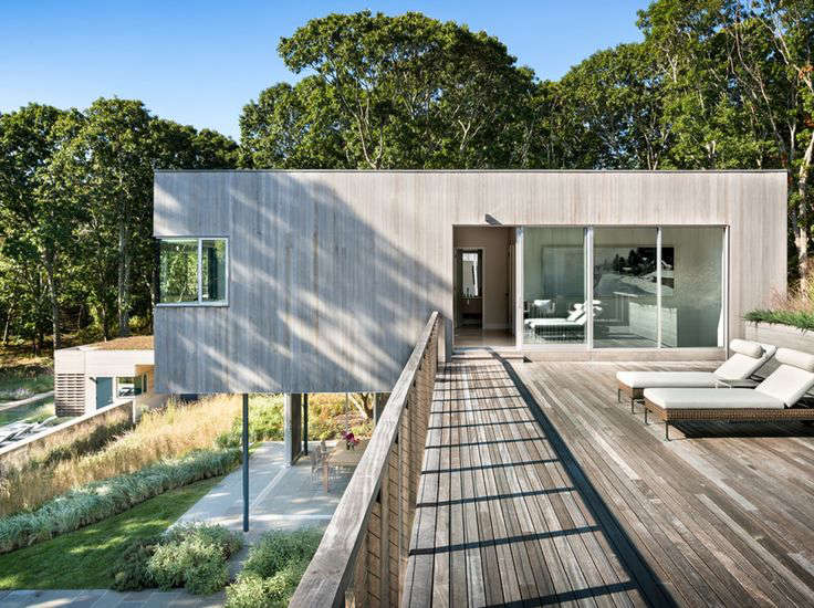 10 Modern Wood Beach Houses from the Remodelista Architect