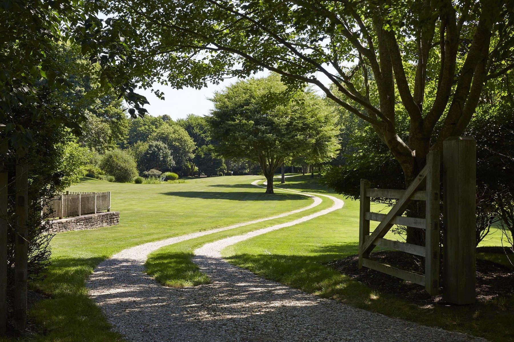 Landscape Designer Visit A Sprawling Long Island Estate