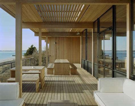 tamarkin-wood-deck-2-475x374-gardenista