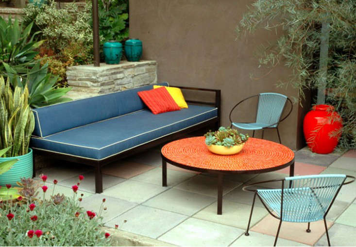patio furniture and accessories cbs los angeles easy pieces tile coffee tables gardenista - Garden Furniture Los Angeles