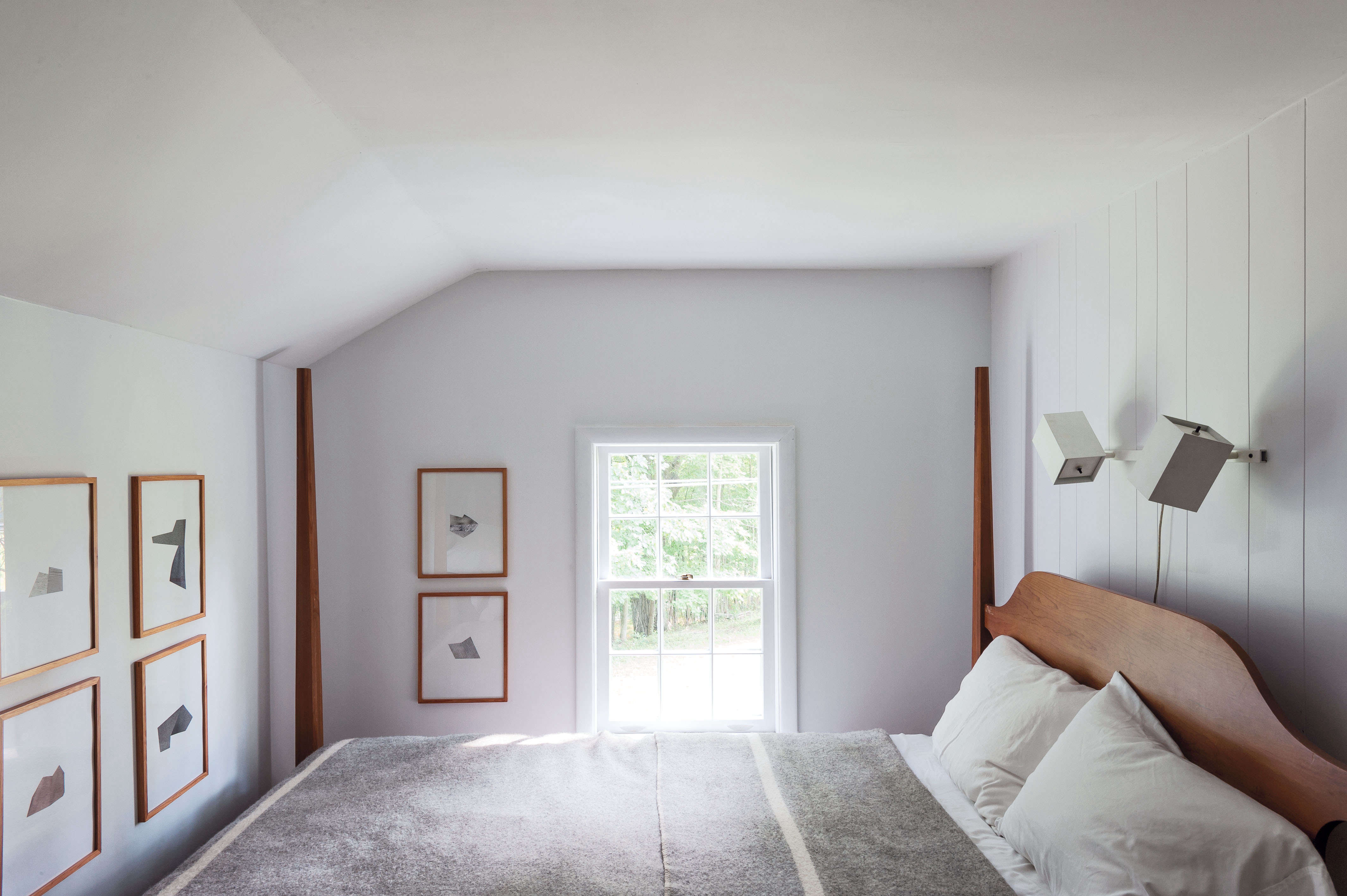 Workstead Bedroom in Gallatin, New York by Matthew Williams for Remodelista