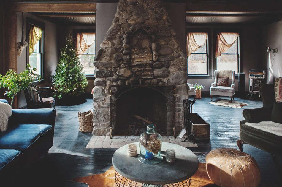 Bohemian Mastermix: Foxfire Mountain House In The Catskills