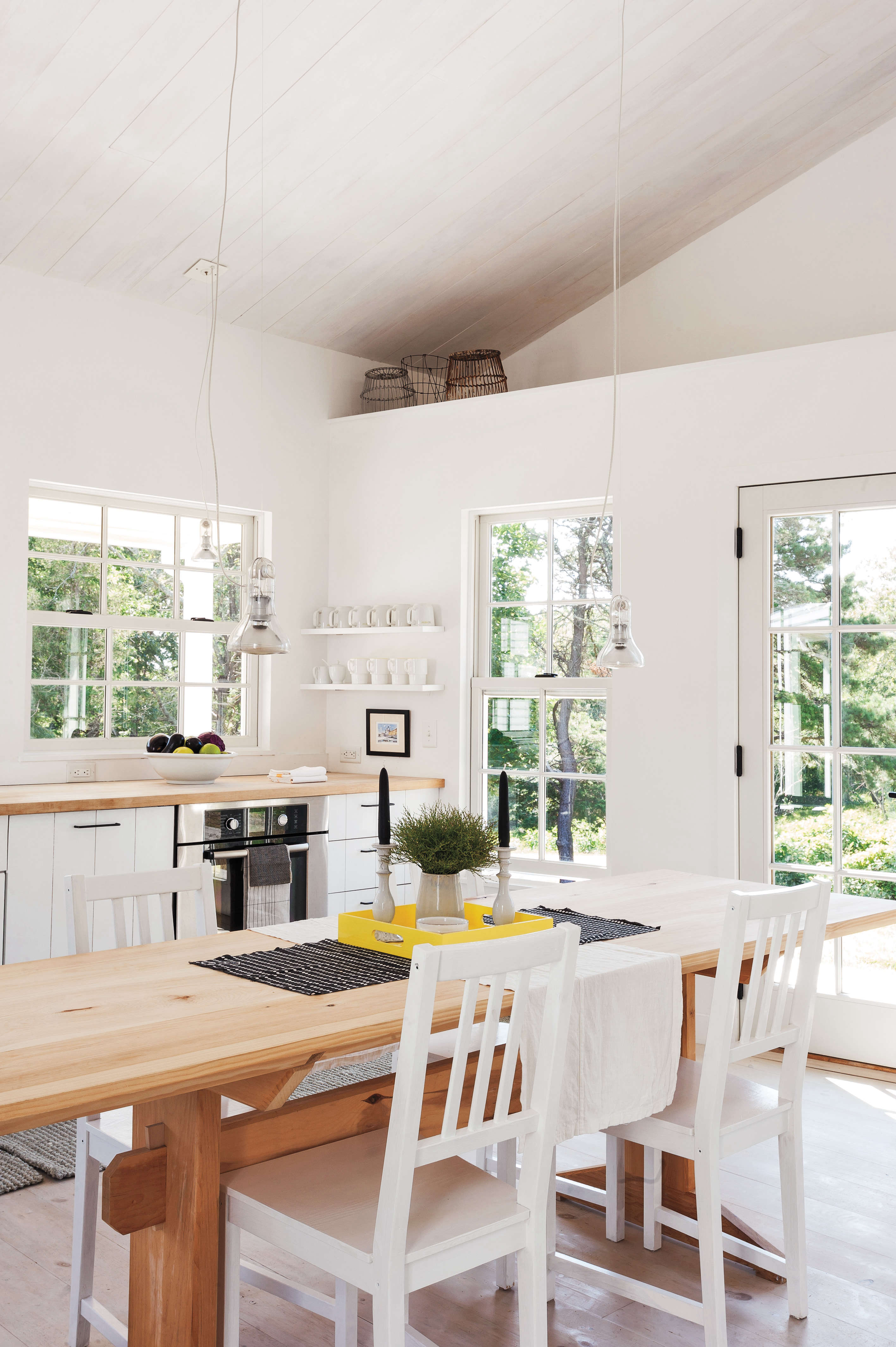 Kitchen of the Week: A Streamlined Cape Cod Classic - Remodelista