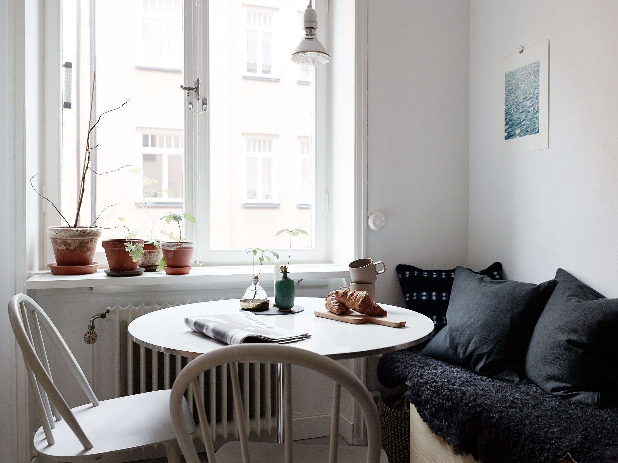 A summery flat in stockholm, with affordable small space ideas to ...