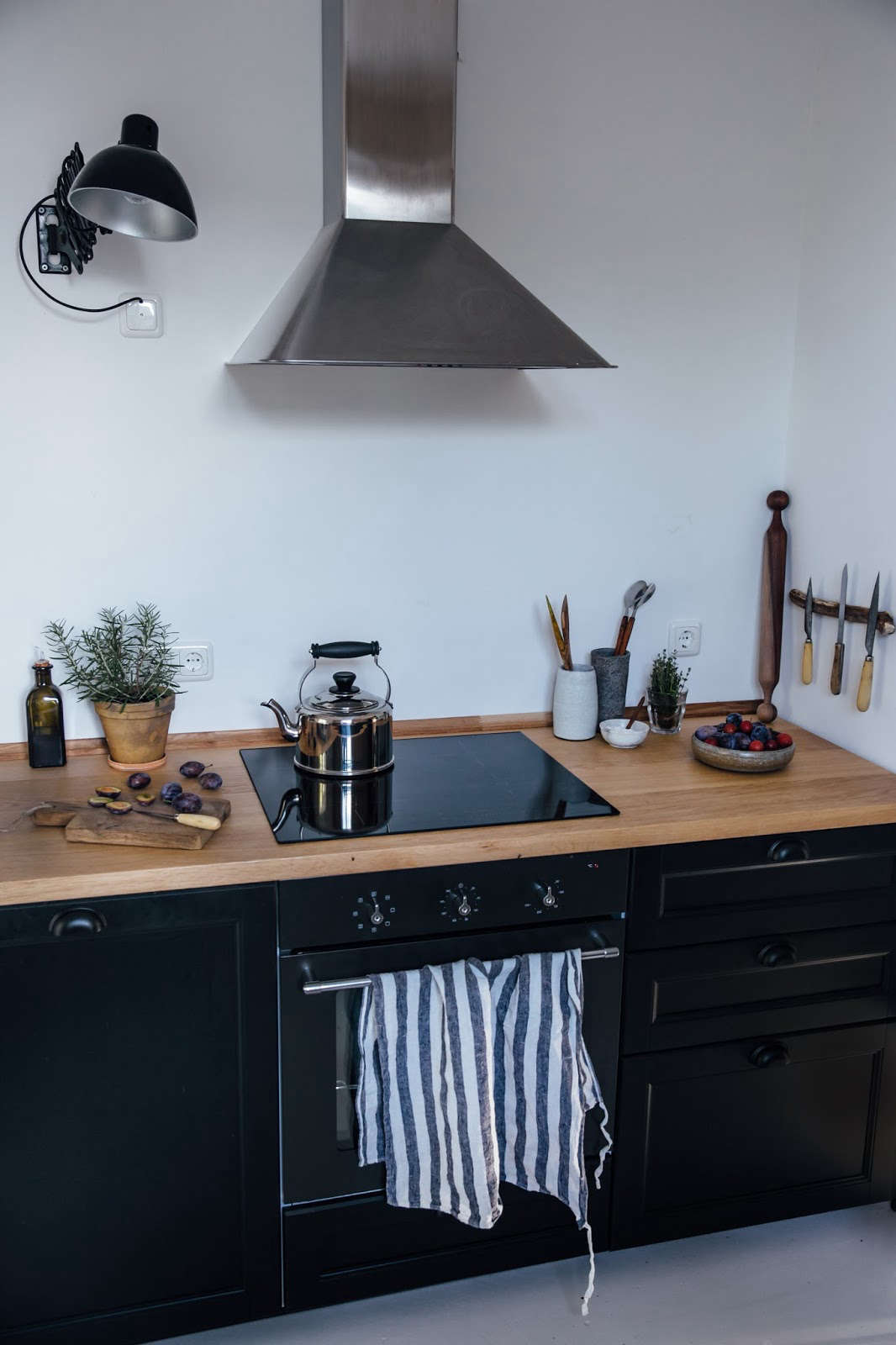 ikea country kitchen kitchen of the week a diy ikea country kitchen for two 1770