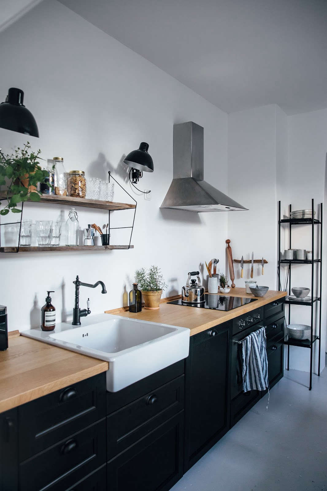 Kitchen Of The Week A Diy Ikea Country Kitchen For Two Berlin  # Ikea Casablanca