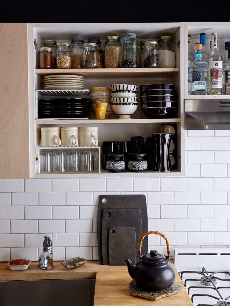 Renata-Bokalo-and-Roman-Luba-apartment-Kate-Sears-photo-Remodelista-7
