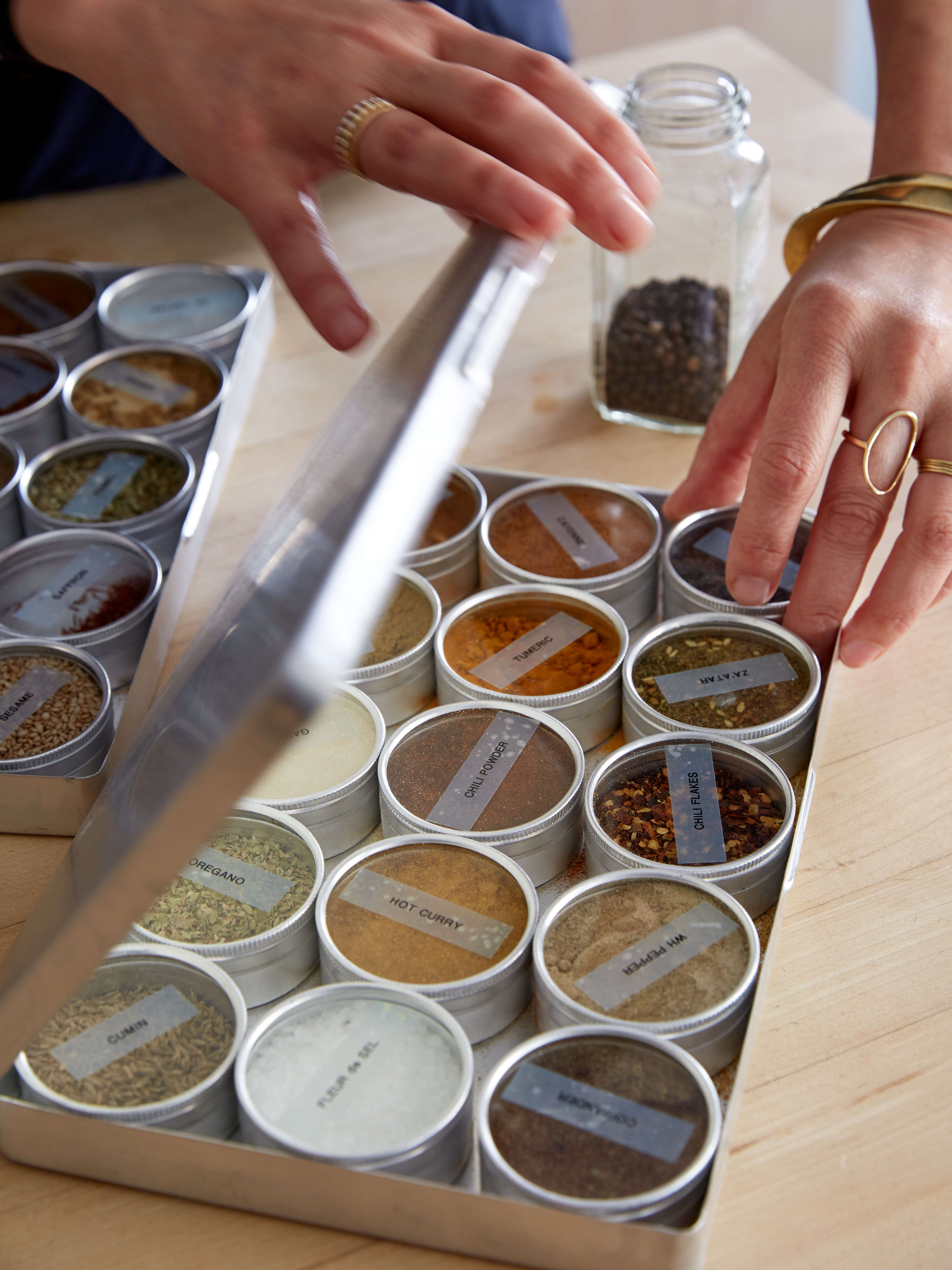 Lo lo low cost small bedroom storage ideas - Spice Storage Idea For Compact Kitchens Tin Boxes With Glass Tops