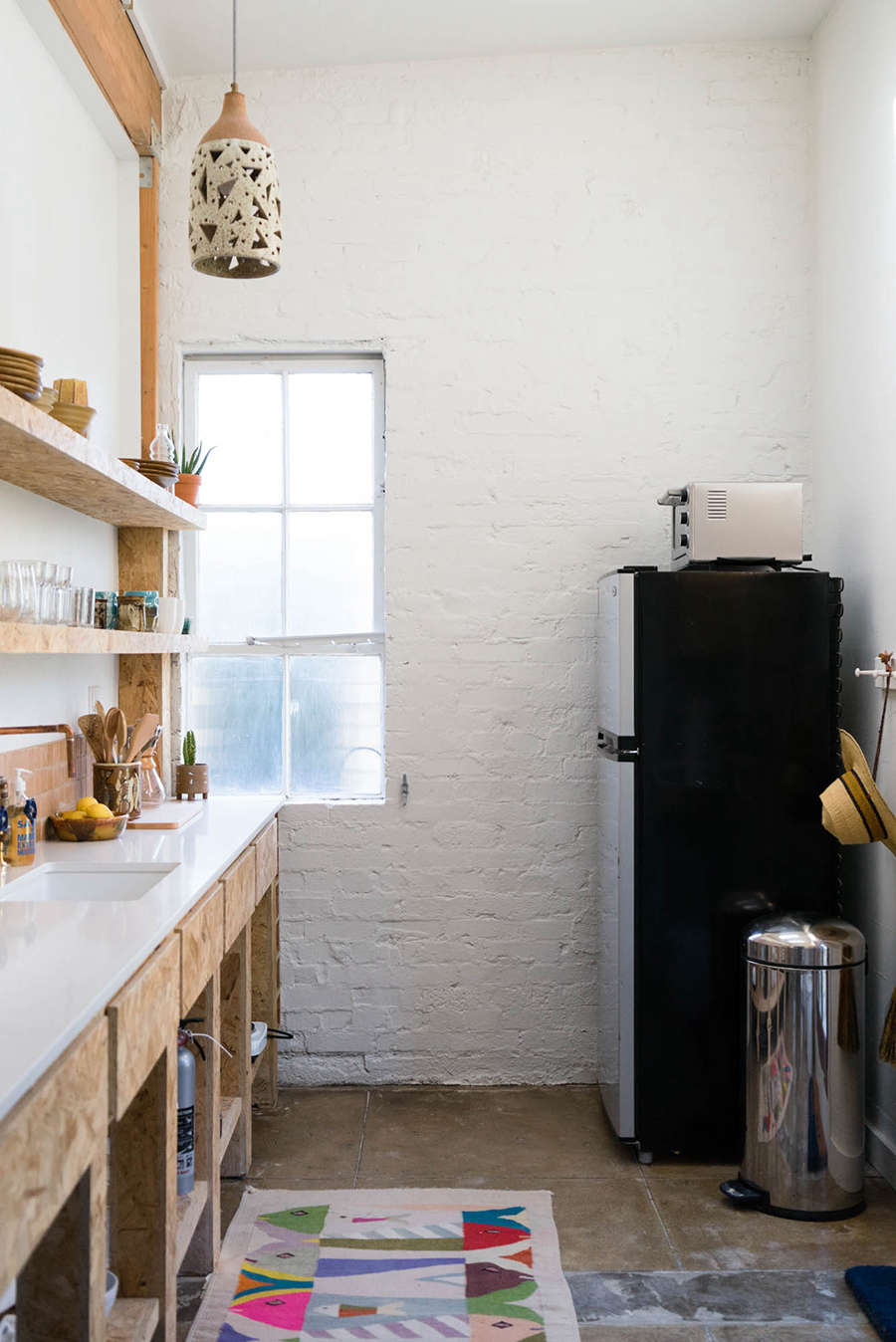 A Budget Renovation for a Stylish LA Guest House (Available for Rent ...