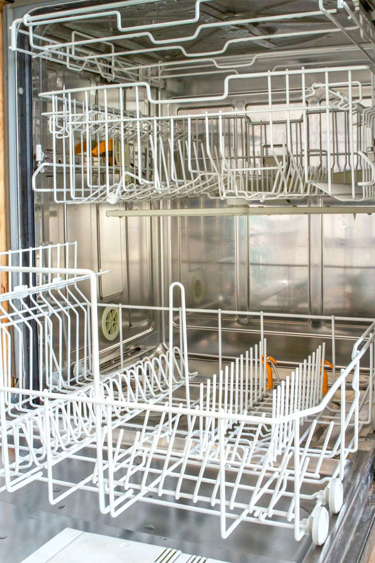 How To Clean A Dishwasher Domestic Science How To Clean A Dishwasher Remodelista