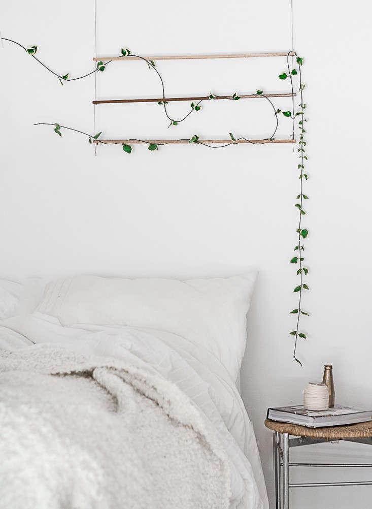 Diy an indoor trellis for climbing vines gardenista - Indoor plant wall diy ...