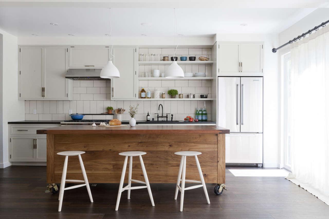 Grey slab kitchen cabinets - Simo Design Venicce Flower Kitchen Remodelista 1
