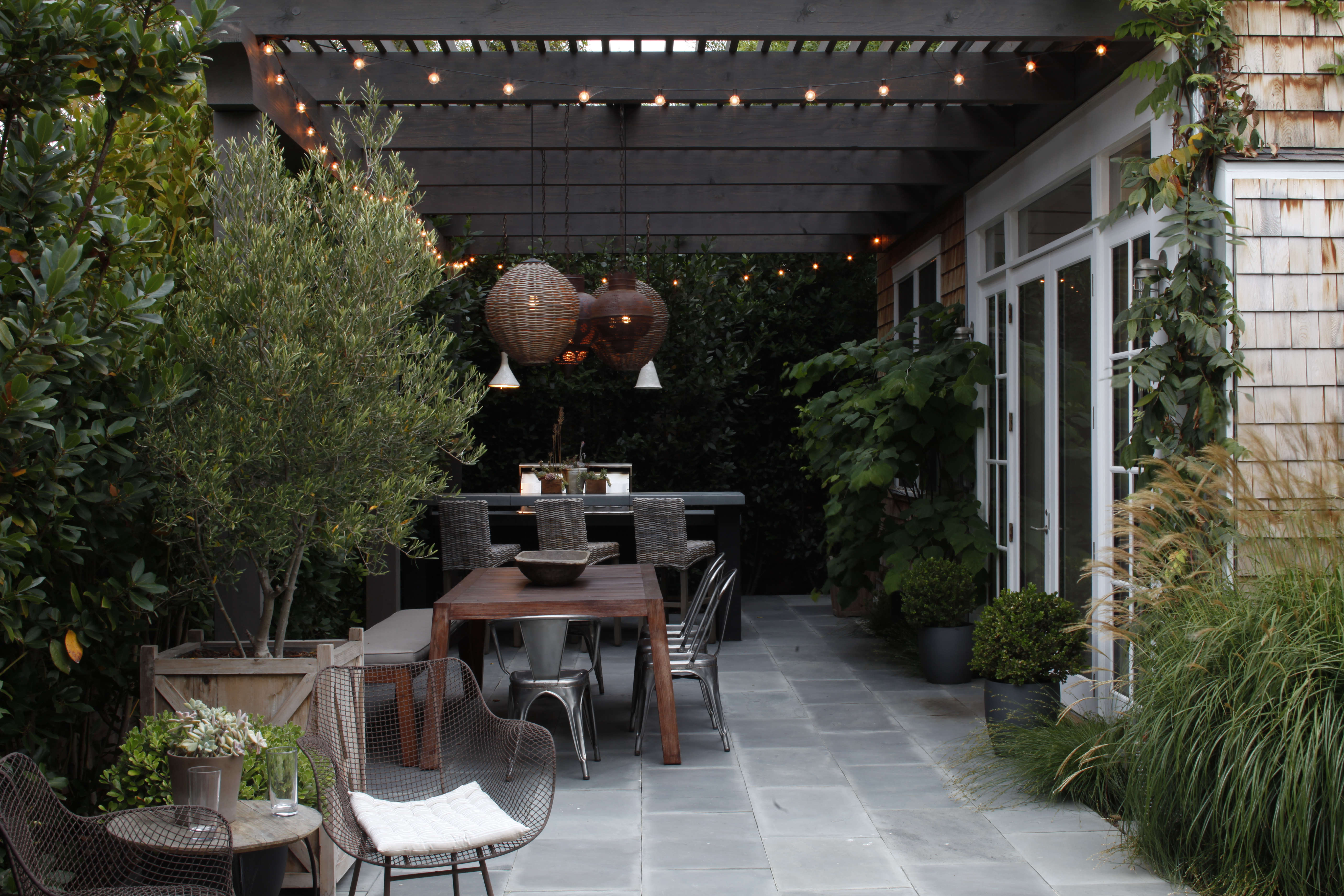Browse the garden finished browse the garden before - Mark Tessier Pacific Palisades Garden Bluestone Pavers Pergola