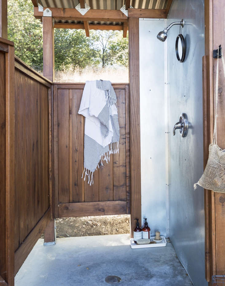 Outdoor Showers 20 Ideas For Bathing En Plein Air