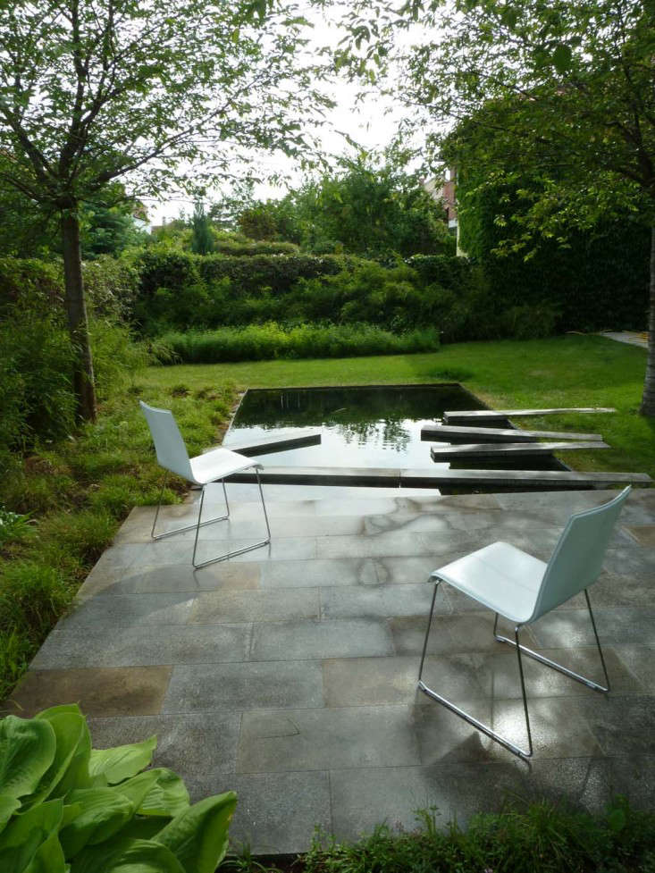 Trending on gardenista cool calm collected remodelista for Pool garden design