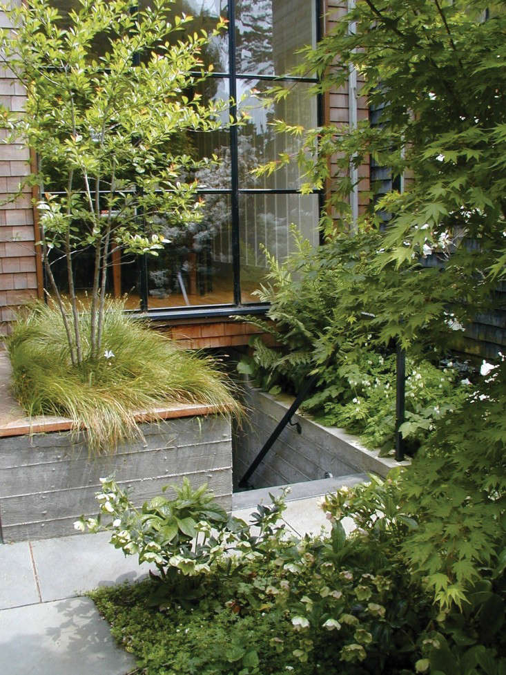 Hardscaping 101 Poured In Place Concrete Gardenista