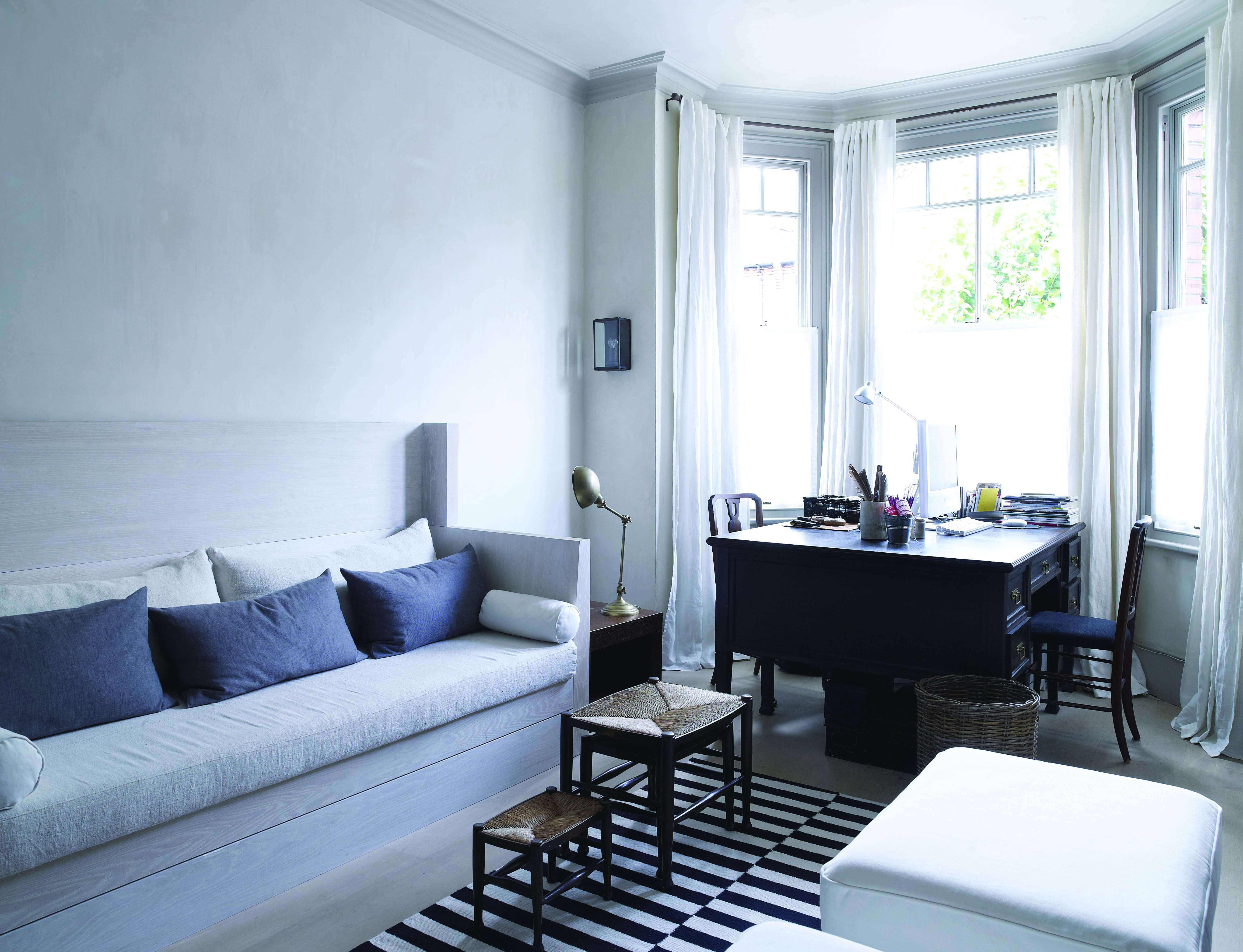 Slow Architecture: An Elegant, Monochrome Home in London by Spencer ...