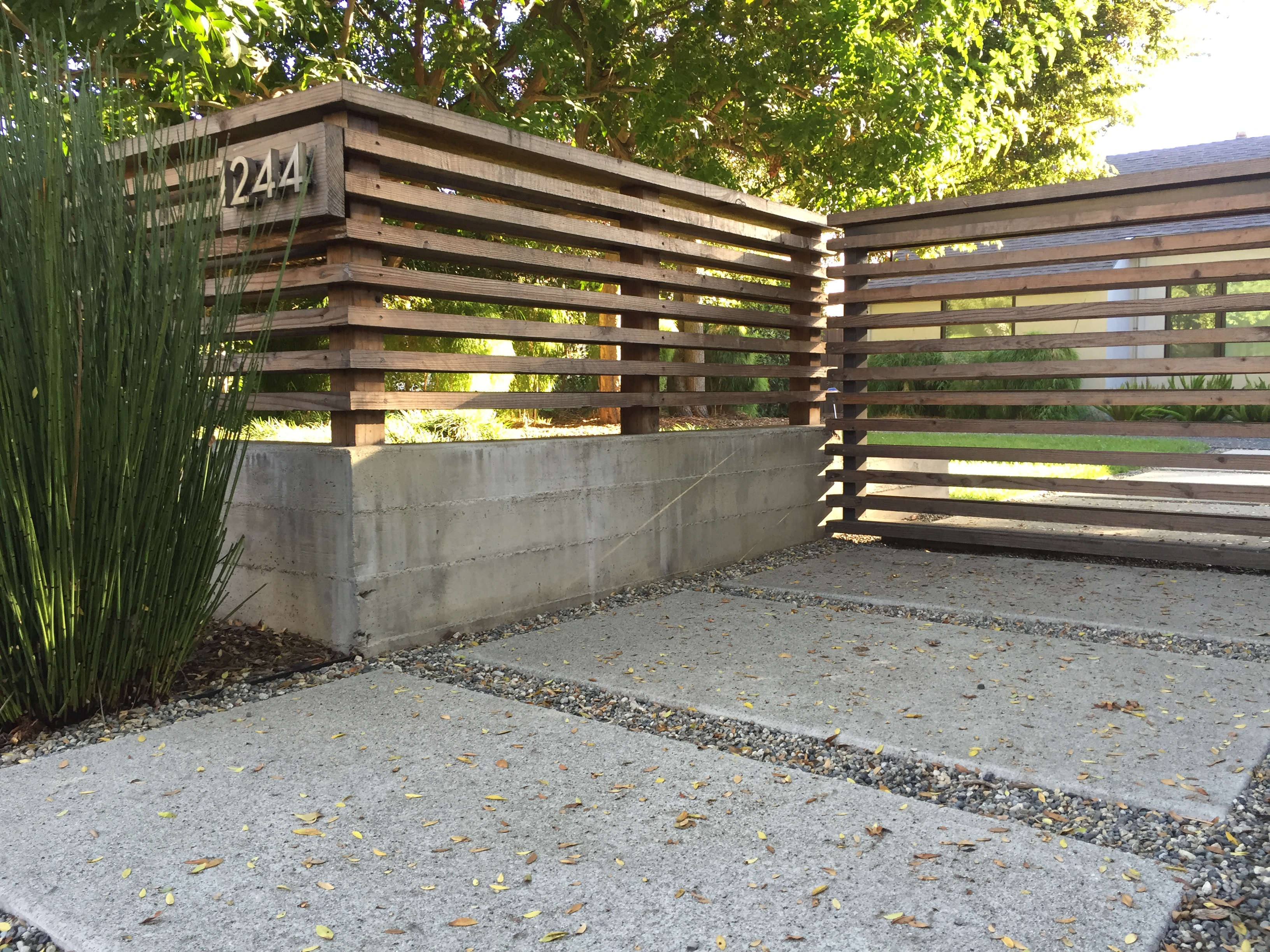 Concrete Wall Ideas : Hardscaping poured in place concrete gardenista